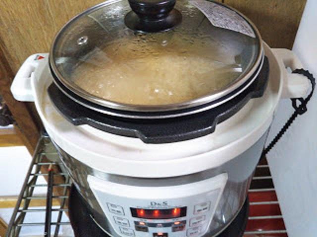 直火圧力鍋・電気圧力鍋の便利な使い方